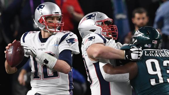 Most passing yards in a Super Bowl: Tom Brady, then with the New England Patriots, threw for 505 yards in 2018 -- and his team still lost to Philadelphia 41-33. Brady broke the record he set just one year earlier when he led his team to a 34-28 overtime victory over Atlanta.