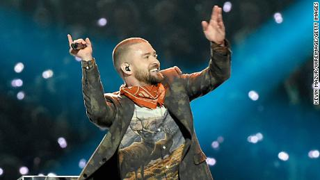 RESTRICTED MINNEAPOLIS, MN - FEBRUARY 04:  Recording artist Justin Timberlake performs onstage during the Pepsi Super Bowl LII Halftime Show at U.S. Bank Stadium on February 4, 2018 in Minneapolis, Minnesota.  (Photo by Kevin Mazur/WireImage)