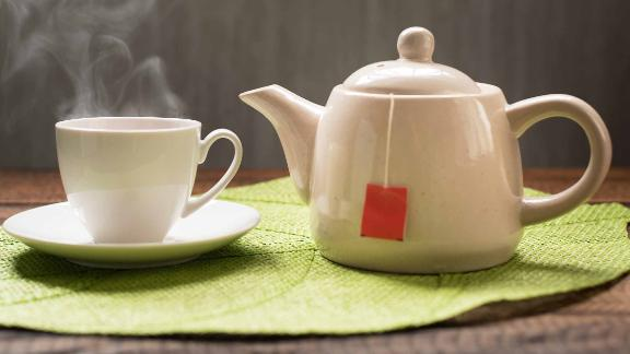Hot tea may be linked to esophageal cancer for those who smoke cigarettes or drink excessively