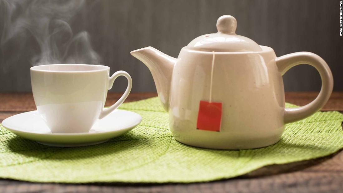 Hot tea linked to esophageal cancer in smokers, drinkers - CNN
