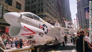 Pentagon postpones Trump's military parade