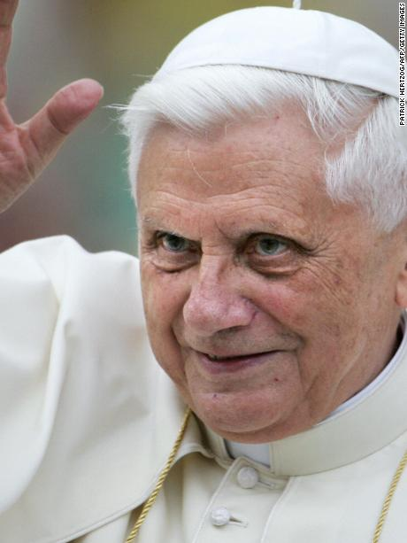 Vatican City, VATICAN CITY STATE:  Pope Benedict XVI waves to the pilgrims before his weekly general audience on St-Peter's square at the Vatican, 15 June 2005.  Pope Benedict XVI has asked Cardinal Josef Glemp to celebrate in Warsaw on Sunday the beatification of two Polish priests, the Vatican announced. AFP PHOTO/ Patrick HERTZOG  (Photo credit should read PATRICK HERTZOG/AFP/Getty Images)