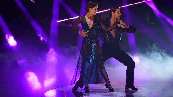 """Victoria Arlen danced without being able to feel her legs on """"Dancing With The Stars"""" in 2017."""