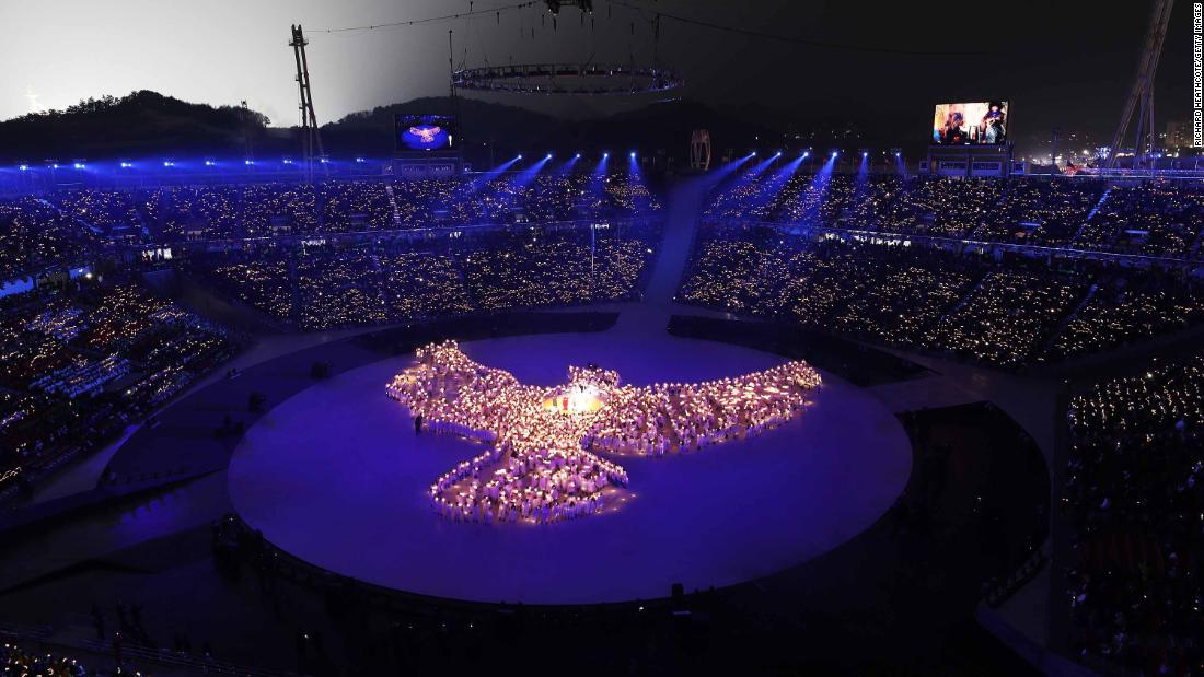 The opening ceremony included many dazzling displays and performances.