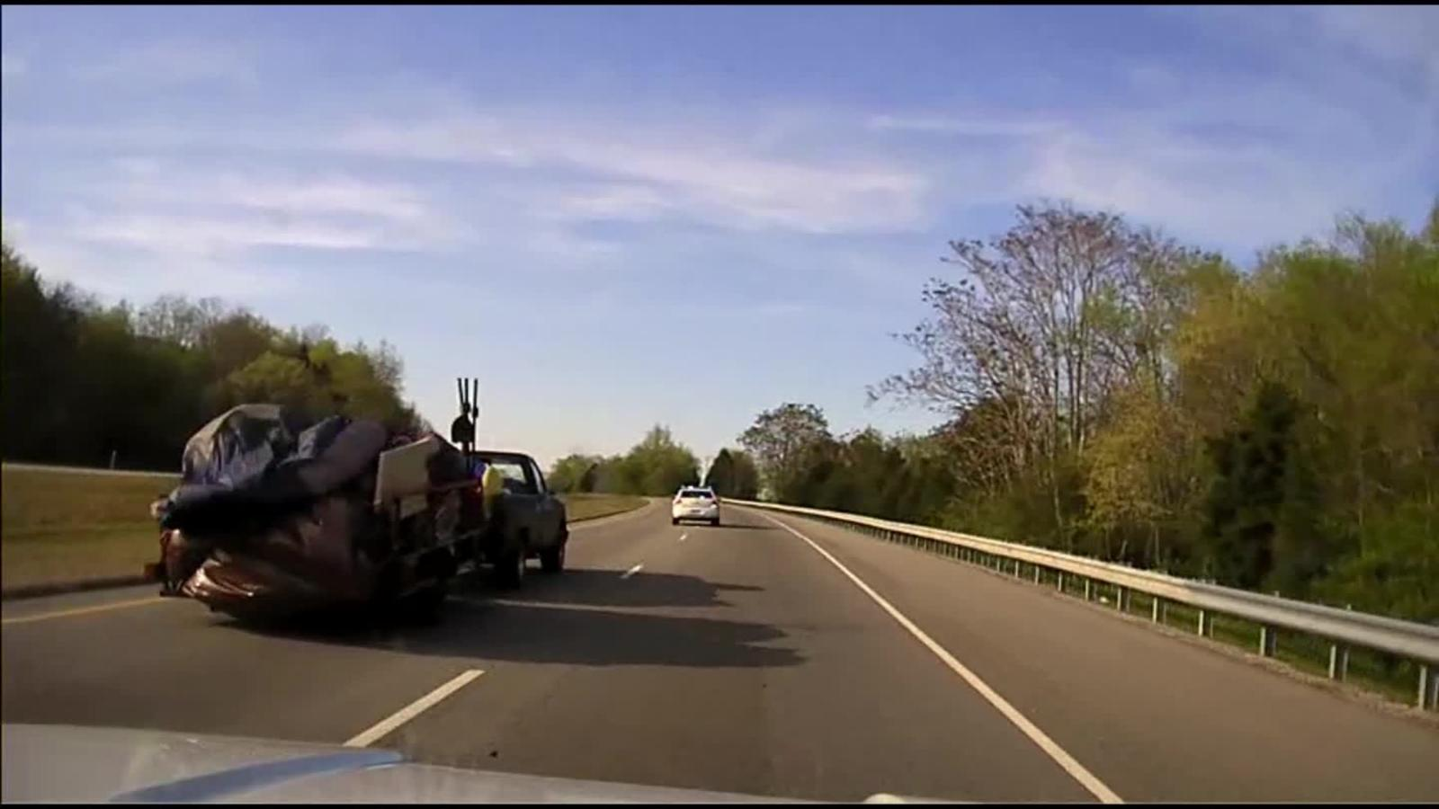 See dashcam of Tennessee police car chase