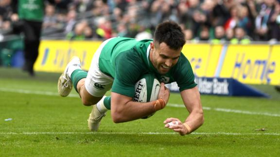 Ireland cruised past Italy 56-19 in Dublin, with Conor Murray (pictured) getting on the score sheet.