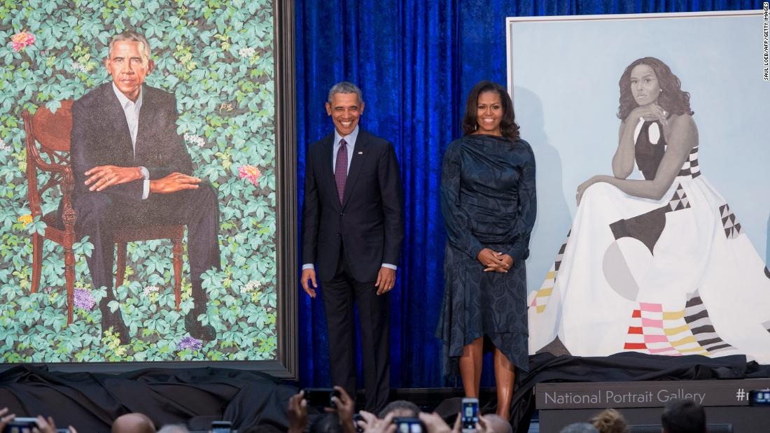 Obamas' official portraits unveiled