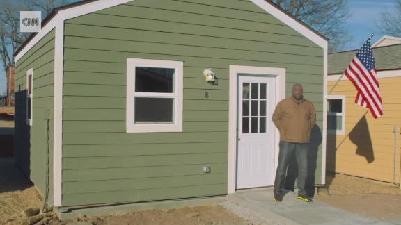 homeless veterans tiny homes orig nh nws_00003810.jpg