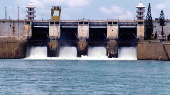 Picture dated 15 September 2002 shows Cauvery river water being realesed from the Kabini Dam. (STR/AFP/Getty Images)