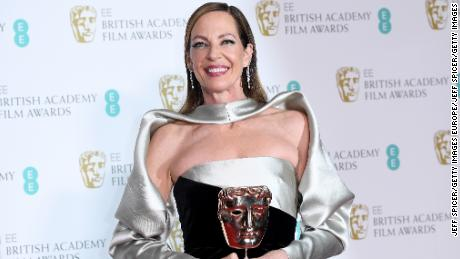 "Allison Janney, winner of the Best Supporting Actress award for her role in the movie ""I, Tonya"" poses in the press room during the EE British Academy Film Awards (BAFTA) held at Royal Albert Hall on February 18, 2018 in London, England.  (Photo by Jeff Spicer/Jeff Spicer/Getty Images)"