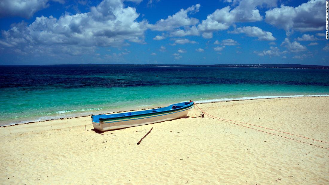 Zanzibar tourists warned over public nudity