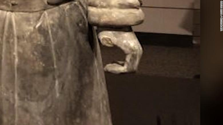 2,000-year-old statue has thumb stolen