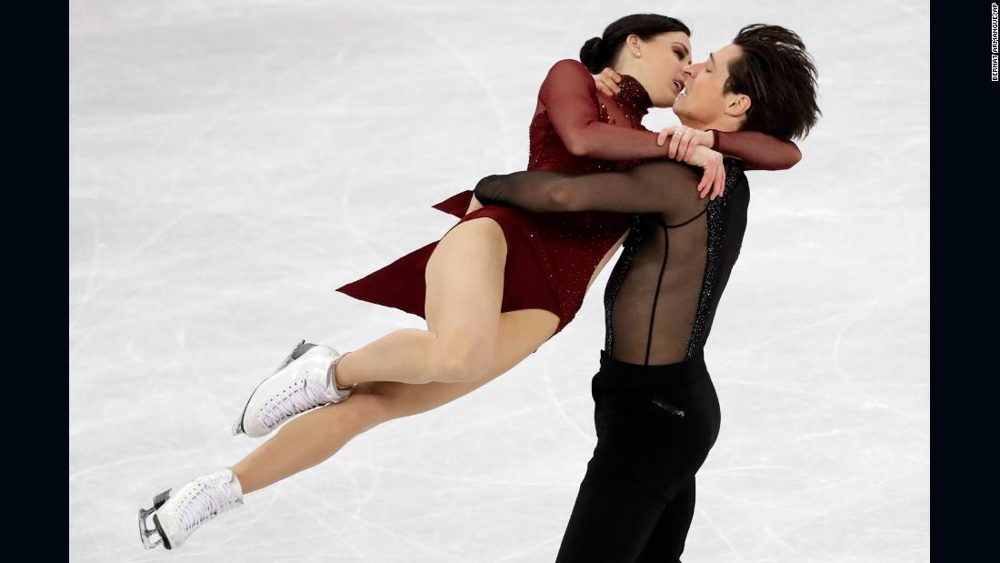 Canadian ice dancers Tessa Virtue and Scott Moir won gold, holding off France's Gabriella Papadakis and Guillaume Cizeron. Virtue and Moir now have five Olympic medals. No other figure skater in history has won more than four.
