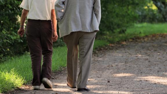 A study published February 2018 stated that walking while counting backwards was an accurate way to differentiate between idiopathic normal pressure hydrocephalus (a condition that affects elderly mobility, which may sometimes be reversed with early treatment) from a form of dementia called progressive supranuclear palsy. The two are often confused by doctors, but a pressure-sensitive carpet and detailed study of a patient's gait demonstrated key differences between the two conditions. Read more