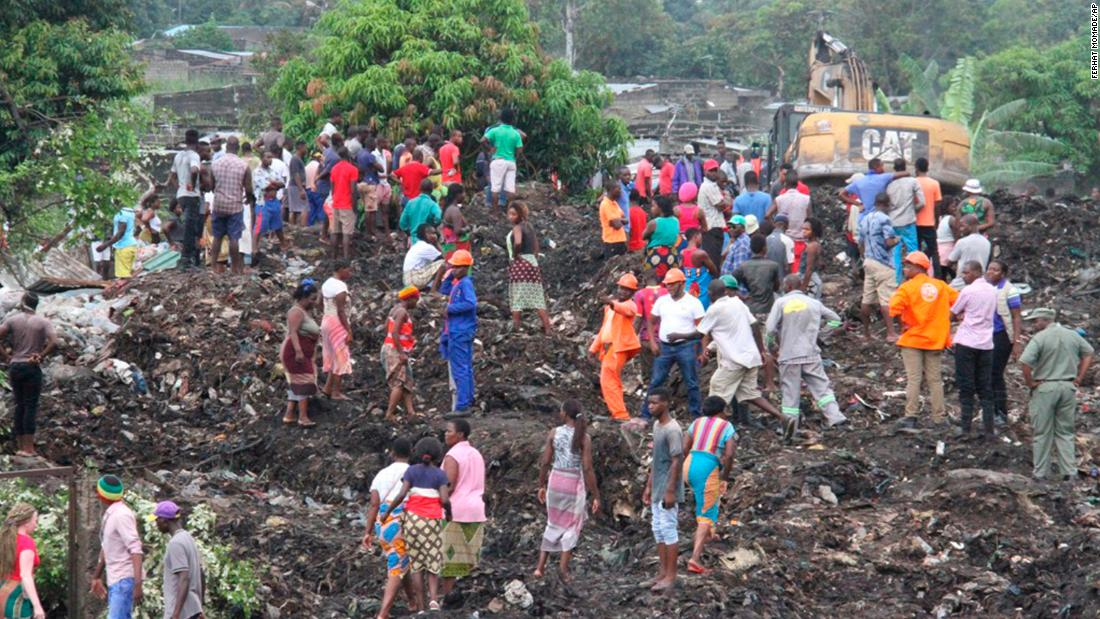 Garbage collapse kills 'poorest of the poor'
