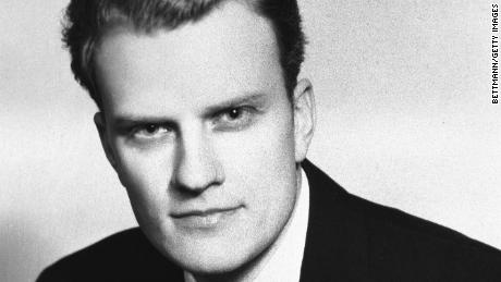 RESTRICTED 10/1950:  Portrait of evangelist Billy Graham wearing a suit and tie.  Graham is shown from the waist-up.