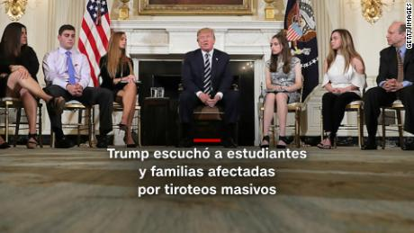 trump reunion tiroteo david hogg saqueos colombia ferry explosion billy graham digital minutocnn pm_00001022.jpg