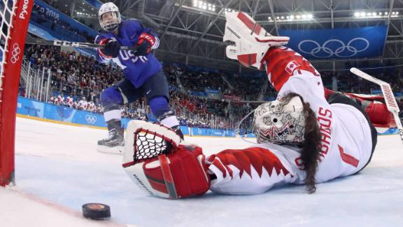 Jocelyne Lamoureux-Davidson scored the winning goal in a penalty shootout to give the United States a 3-2 victory against Canada, the four-time defending Olympic champion.