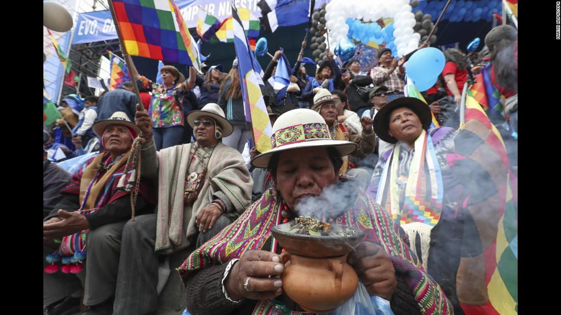 Aymara indigenous people rally in favor of Bolivian President Evo Morales' candidacy for the next election, on Wednesday, February 21.