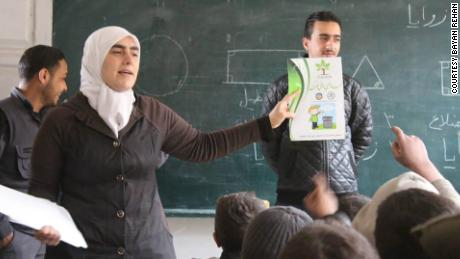 Bayan Rehan teaches kids about urban sanitation and public health