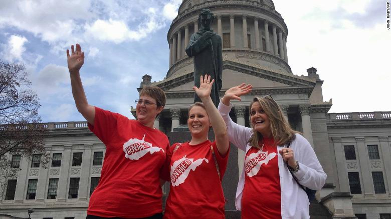 West Virginia teachers on strike for third day