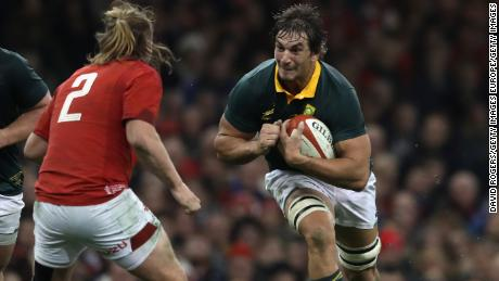 CARDIFF, WALES - DECEMBER 02:  Eben Etzebeth the South Africa captain, takes on Kristian Dacey during the rugby union international match between Wales and South Africa at the Principality Stadium on December 2, 2017 in Cardiff, Wales.  (Photo by David Rogers/Getty Images)