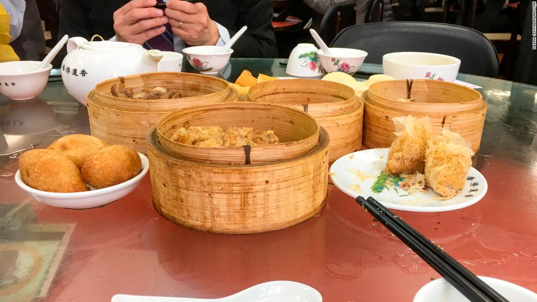 Hong Kong's position as both a marine and land gateway to China and other parts of Asia enables greater access to fresh fish, fruit and vegetables. With a local cuisine that includes these items in most dishes, the population as a whole eats well.