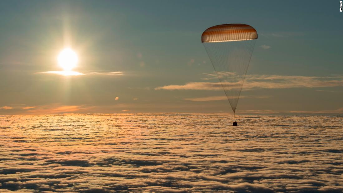 "The Soyuz spacecraft lands over Kazakhstan on Wednesday, February 28, bringing back three astronauts from the International Space Station. <a href=""http://www.cnn.com/2018/02/23/world/gallery/week-in-photos-0223/index.html"" target=""_blank"">See last week in 36 photos</a>"