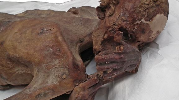 Predynastic male mummy from Gebelein