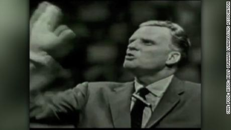 NS Slug: REV. BILLY GRAHAM FUNERAL (5:45amET)  Synopsis: A final farewell for Billy Graham