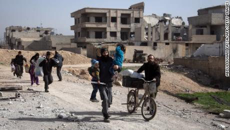Aid convoy leaves Eastern Ghouta without a full delivery