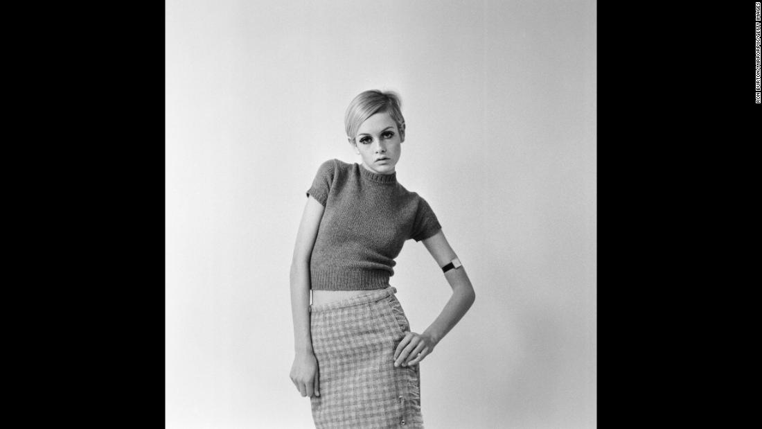 Lesley Lawson, known as Twiggy, in 1966. She was famous for her lean body type, which became a popular image in fashion magazines during that time..