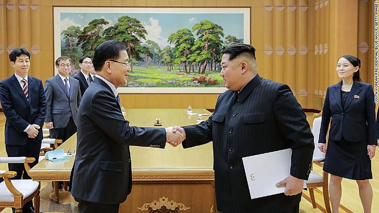 South Koreans visit Kim Jong Un