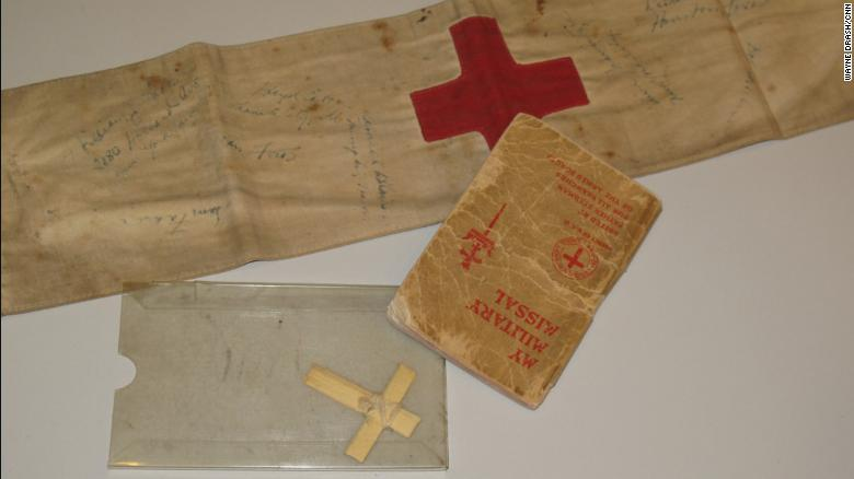 Acevedo kept his medic's band, cross and prayer book after the war. He donated the items to the US National Holocaust Memorial Museum in 2010.