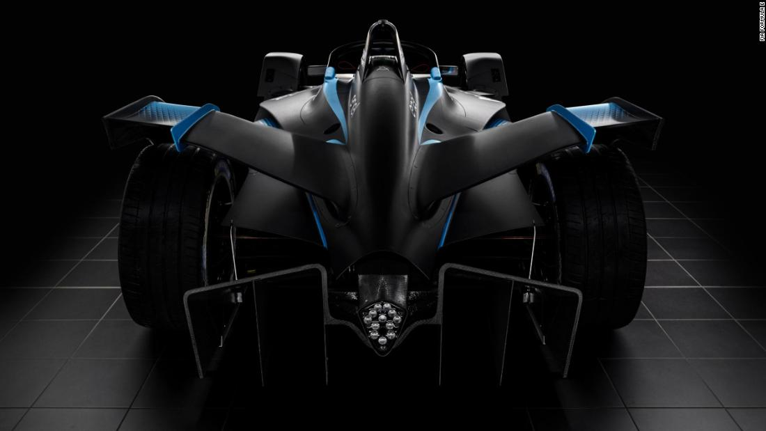 Formula E title partner ABB provided a robotic arm to lift the cover on the new design.