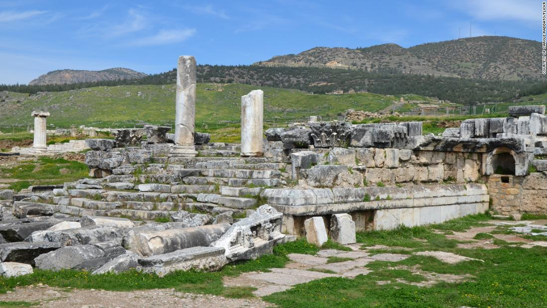 The Plutonium was situated beside the Temple of Apollo, in the ancient city of Hierapolis (modern-day Pamukkale in southwestern Turkey).