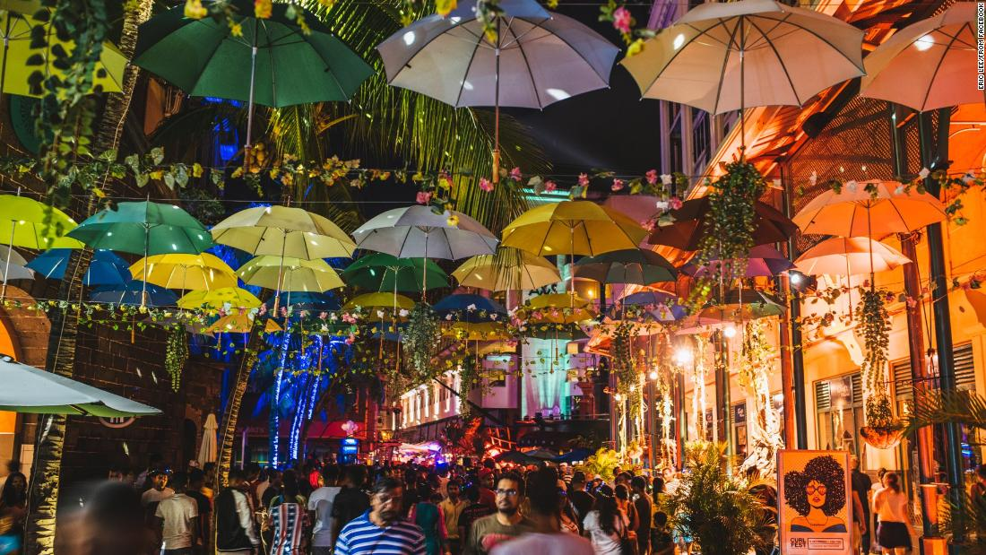 Porlwi is an annual festival of contemporary culture held in the capital of Mauritius, Port Louis. 30,000 square meters of streets in the center of the city are filled with art and light installations.