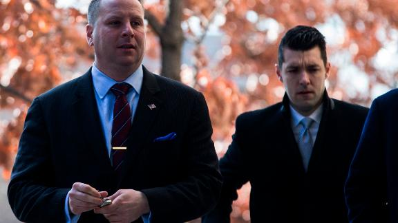 WASHINGTON, DC - MARCH 09: Former Trump Campaign Advisor Sam Nunberg (L)  arrives at the U.S. District Courthouse on March 9, 2018 in Washington, DC. Nunberg is due to appear at the courthouse as part of the Special Counsel Robert Mueller's probe. (Photo by Zach Gibson/Getty Images)