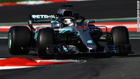 MONTMELO, SPAIN - MARCH 07:  Lewis Hamilton of Great Britain driving the (44) Mercedes AMG Petronas F1 Team Mercedes WO9 on track during day two of F1 Winter Testing at Circuit de Catalunya on March 7, 2018 in Montmelo, Spain.  (Photo by Dan Istitene/Getty Images)