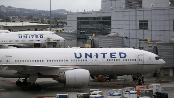 SAN FRANCISCO, CA - JULY 08:  United Airlines planes sit on the tarmac at San Francisco International Airport on July 8, 2015 in San Francisco, California. Thousands of United Airlines passengers around the world were grounded Wednesday due to a computer glitch. An estimated 3,500 were affected.