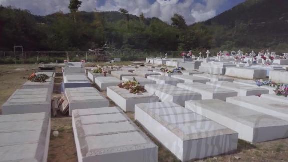 huracan maria muertes no oficales puerto rico pkg leila santiago_00034213.jpg