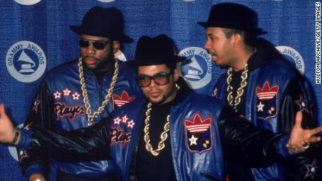 American rap group Run DMC pose at the Grammy Awards, 1980s. (L-R): Jam Master Jay (Jason Mizell), Joe 'Run' Simmons and Darryl 'DMC' McDaniels.