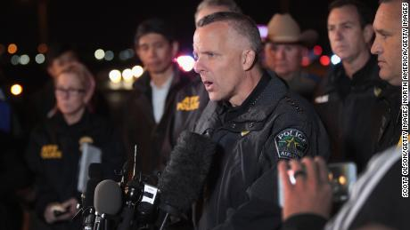 cnnee austin police chief brian manley