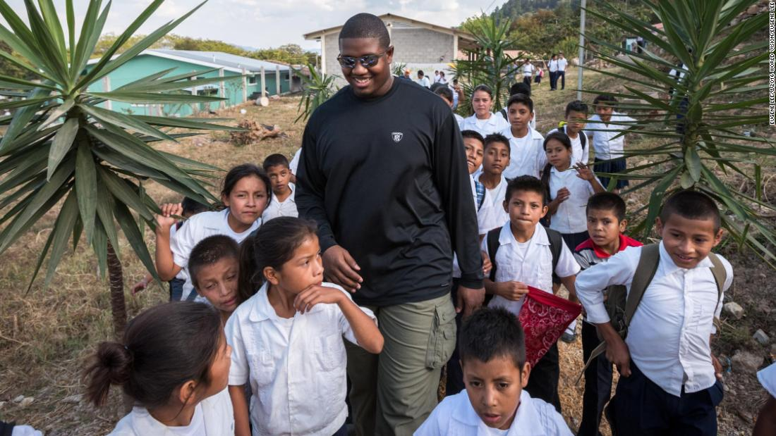 NFL player: What I saw in Honduras gives me hope for the global clean water crisis