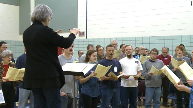 Inmates sing Beethoven for a New York opera