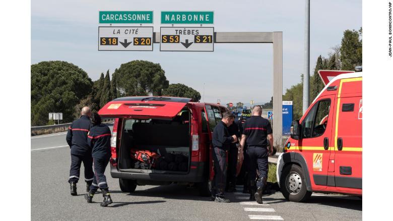 France terror attack: Elysée salutes hostage-swap hero Arnaud Beltrame