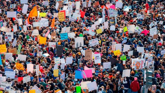 TOPSHOT - The crowd at the March for Our Lives Rally as seen from the roof of the Newseum in Washington, DC on March 24, 2018.  Galvanized by a massacre at a Florida high school, hundreds of thousands of Americans are expected to take to the streets in cities across the United States on Saturday in the biggest protest for gun control in a generation. / AFP PHOTO / Alex Edelman        (Photo credit should read ALEX EDELMAN/AFP/Getty Images)