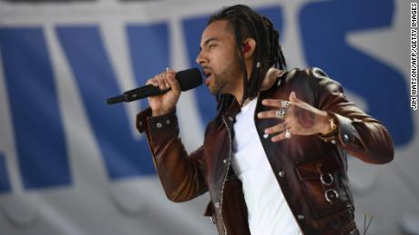Rapper Vic Mensa sings during the March for Our Lives Rally in Washington on Saturday.
