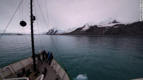 Journey to Antarctica, how tiny krill poo can help offset climate change