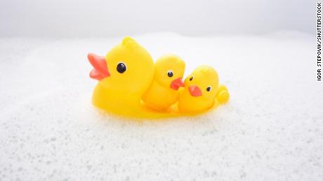The Inside Of Rubber Duckies Are Full Of Bacteria You Don T Seem Surprised Cnn